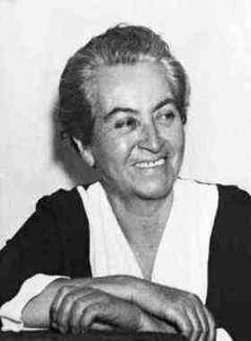 Gabriela Mistral quotes