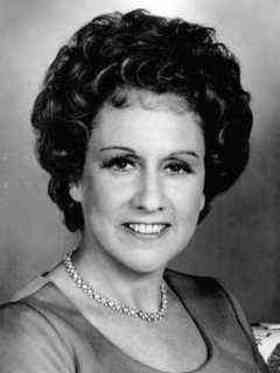 Jean Stapleton quotes